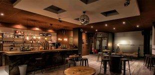 Hotels, Bars und Restaurants