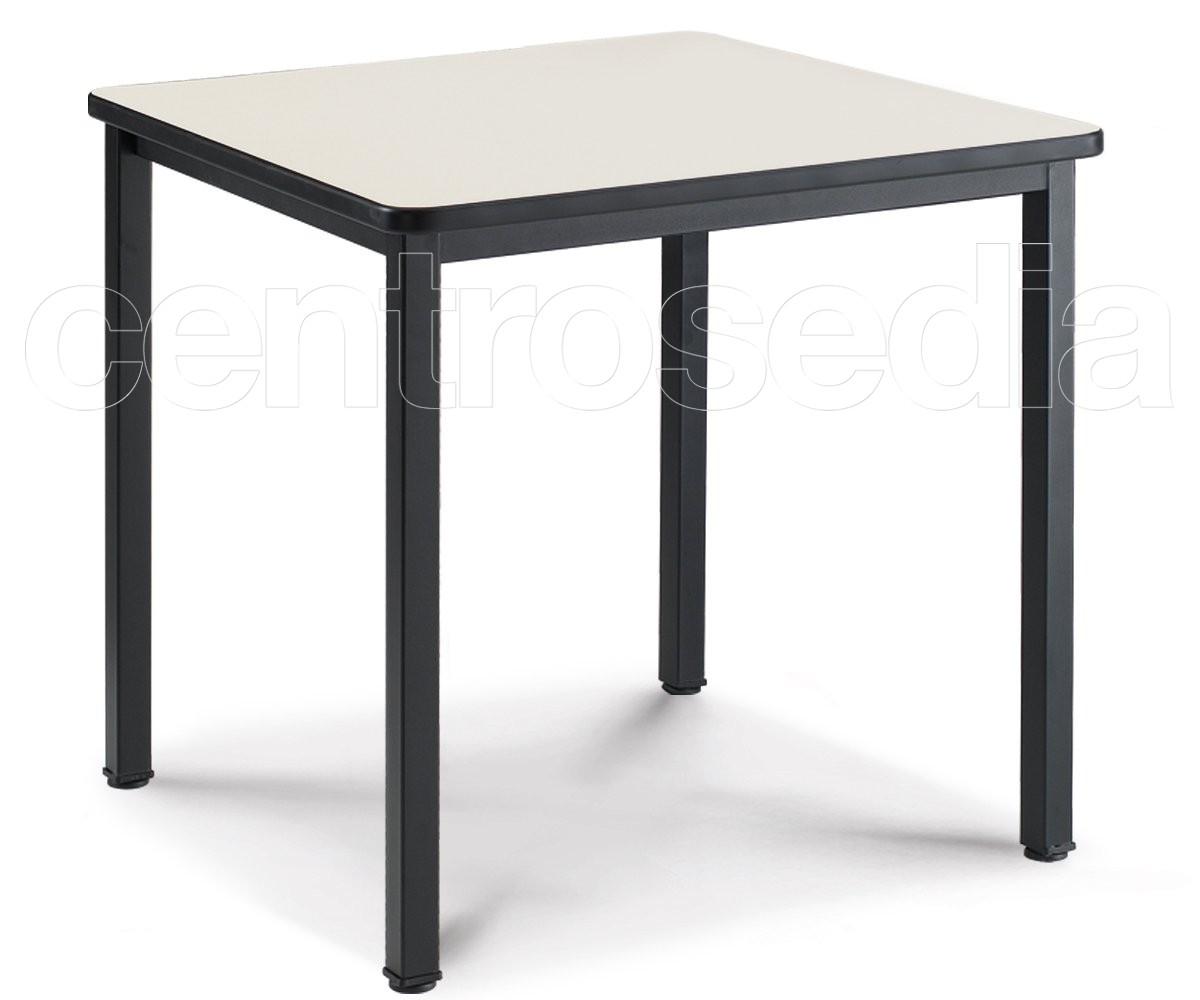 Convivio tavolo quadrato tavoli alluminio metallo for Tavolo quadrato