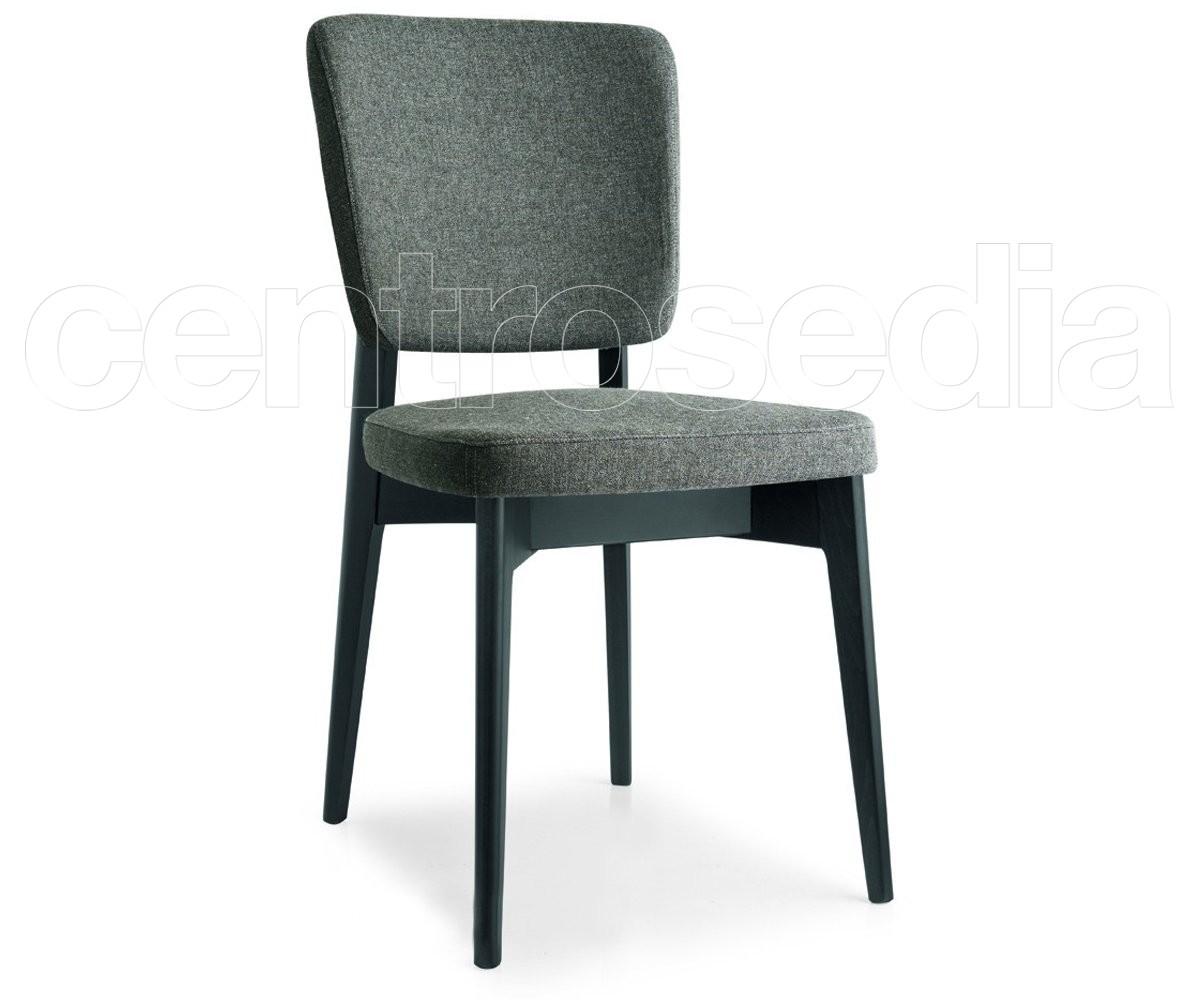 Sedie Pieghevoli Calligaris Design.Escudo Padded Wooden Chair Calligaris Wood Design Chairs